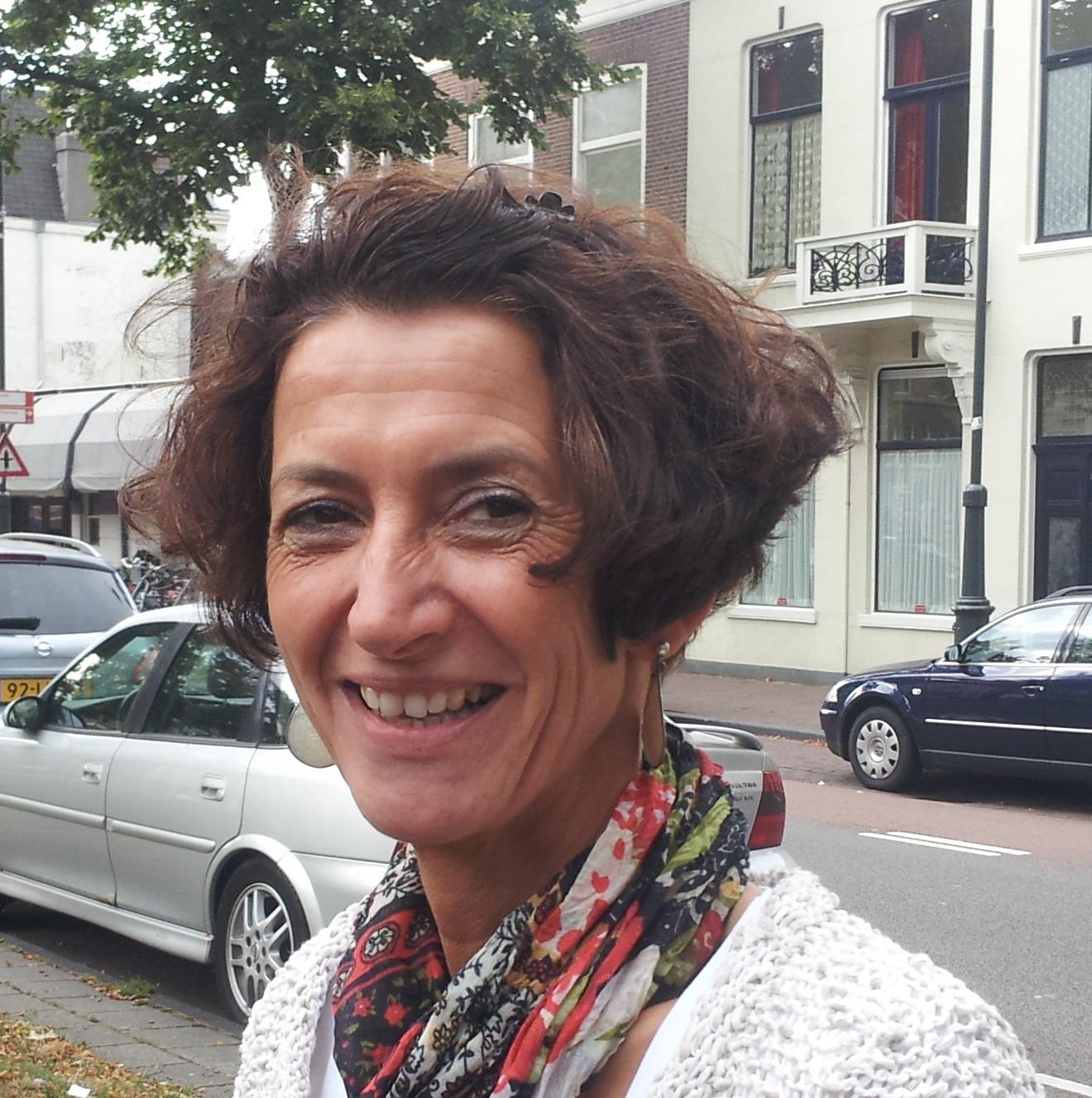 Tineke Snel