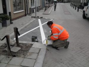 Wit kruis op straat is geen parkeerverbod